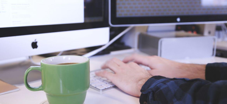 apple-coffee-computer-7372