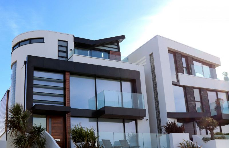 modern-building-against-sky-323780